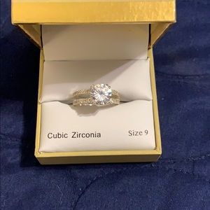 Size 9 Ring